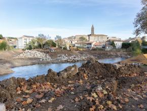 Visite de chantier des travaux de rétablissement de la continuité écologique du Fresquel à Pennautier.