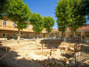 Fouilles archéologiques menées au collège Victor-Hugo, à Narbonne.