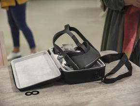 Un casque de réalité virtuelle