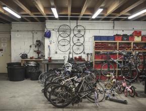 IDEAL ASSOCIATION CHANTIER D'INSERTION PAR L'EMPLOI réparation vélos