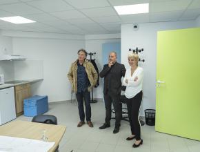 Hélène Sandragné, en visite sur le chantier du futur Espace seniors du Narbonnais