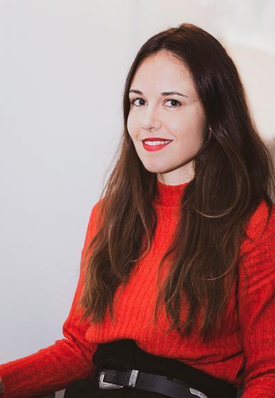La chanteuse audoise Marina Anna Nolles