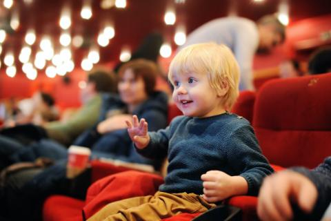 ENFANT AU CINEMA