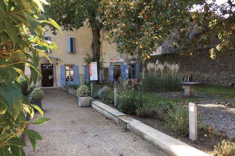 la-maison-du-banquet-2