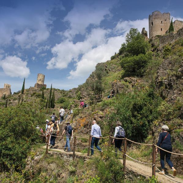 paysage de visite des châteaux pays cathare dans l'Aude