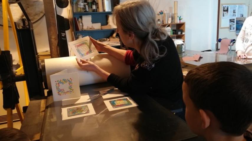 Atelier Traces Moulin a papier de brousses 1