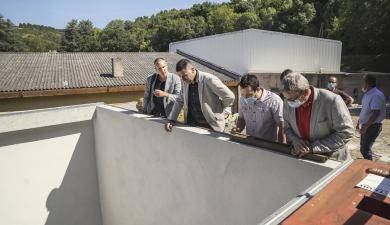 Visite de chantier du chantier de construction de la chaufferie bois au collège Antoine-Courrière à Cuxac-Cabardès.