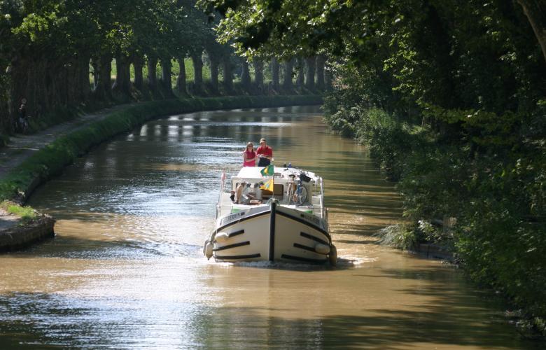 Balade en bateau sur le Canal du Midi.
