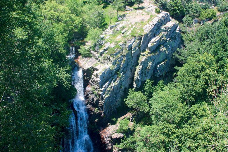 Vue aérienne de la cascade de Cubserviès